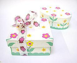 Box happy flower, square/round, white